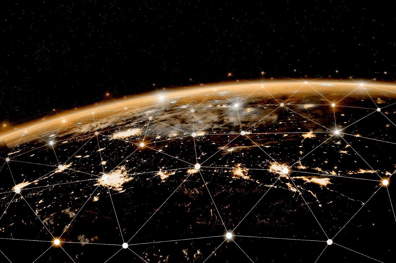 如同互联网和全球通讯技术一样的节点式全球通讯网络。图片源于美国国家航空宇航局(NASA)。
