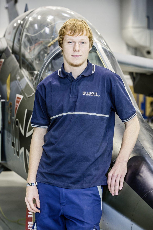 Felix, macht eine Ausbildung zum Fluggerätmechaniker der Fachrichtung Instandhaltungstechnik.