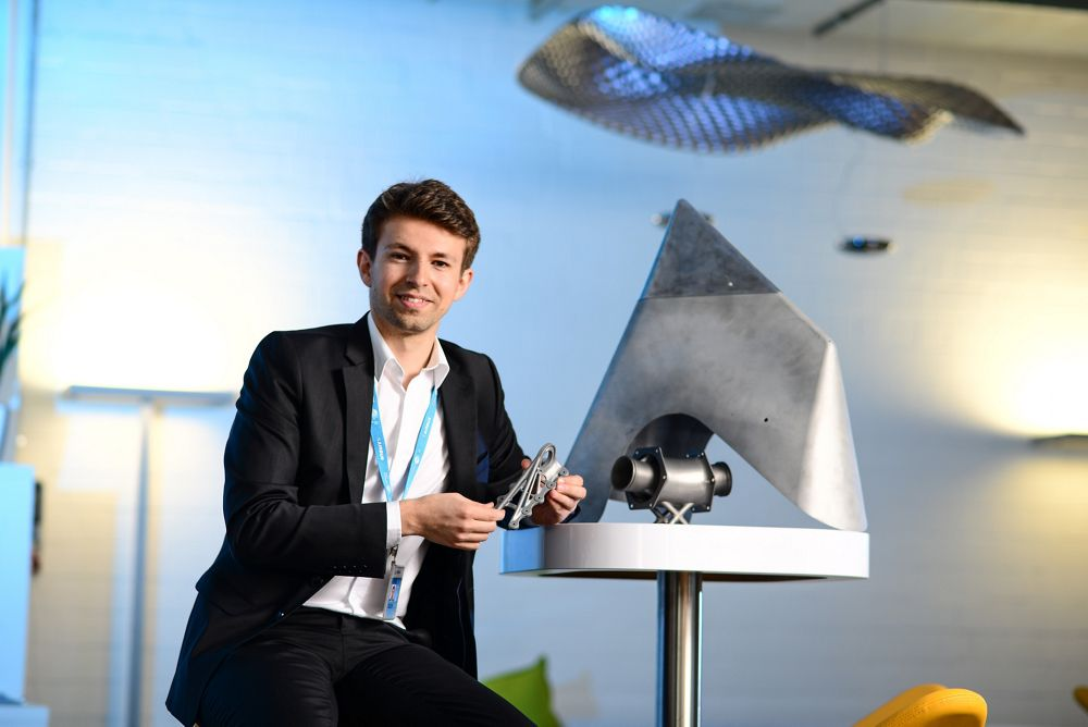 3D Druck bei Airbus Airbus Operation GmbH Peter L. Pirklbauer Emerging Technologies & Concepts, Germany HA/Stürmlinger