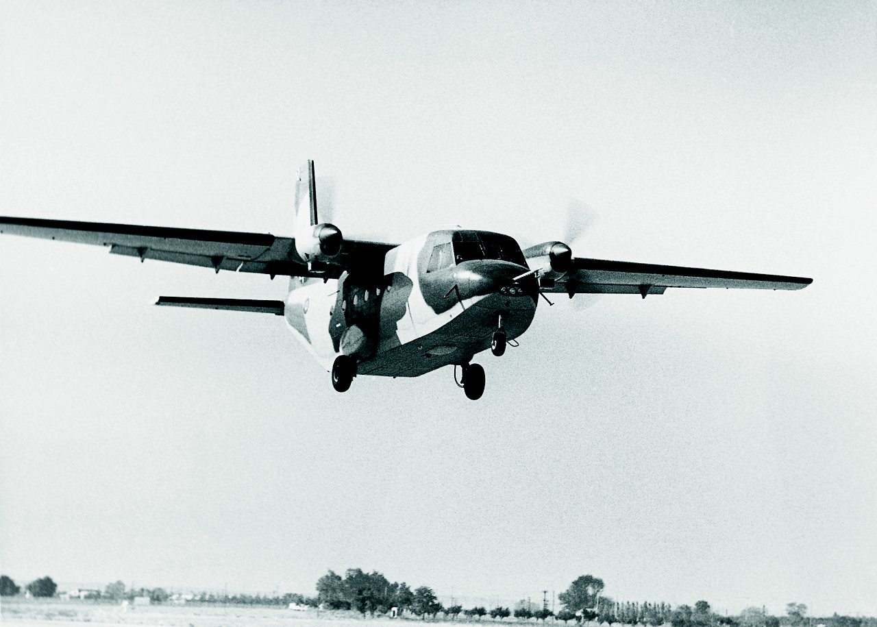 C 212 3