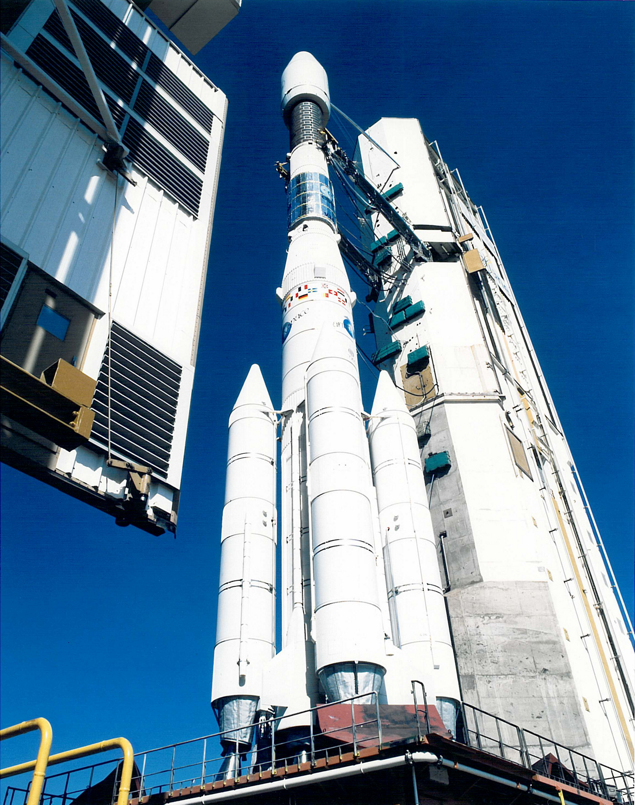 Ariane 44L, the most powerful version of the Ariane 4 family, on the launchpad in Kourou, French Guiana, some hours before liftoff of of flight V34, carrying Intelsat VI-F2, in 1989. Photo: ESA