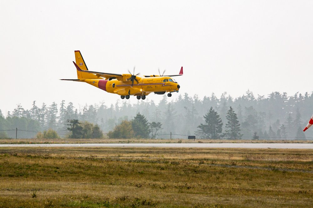 "The first Airbus C295 ""Kingfisher"" search and rescue aircraft to the Royal Canadian Air Force lands in Canada (September 2020)."