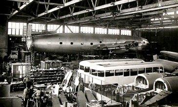 3 Armagnac Et Carrosserie De Bus 1945