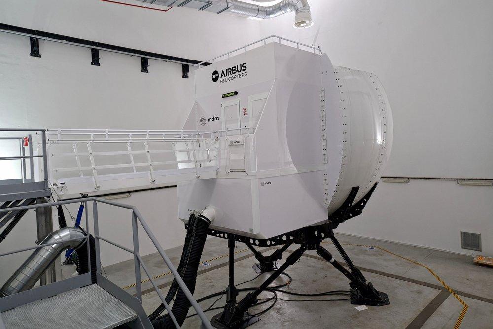 Full-Flight Simulator