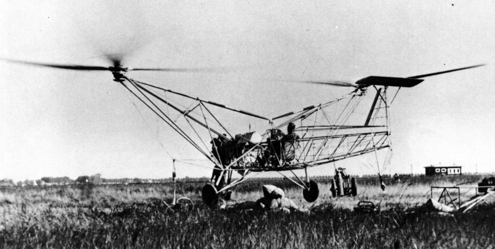 The Focke 61 during the test on the ground in Europe in January, 1936. This picture is in the book: History of the Helicopter of Jean Boulet.
