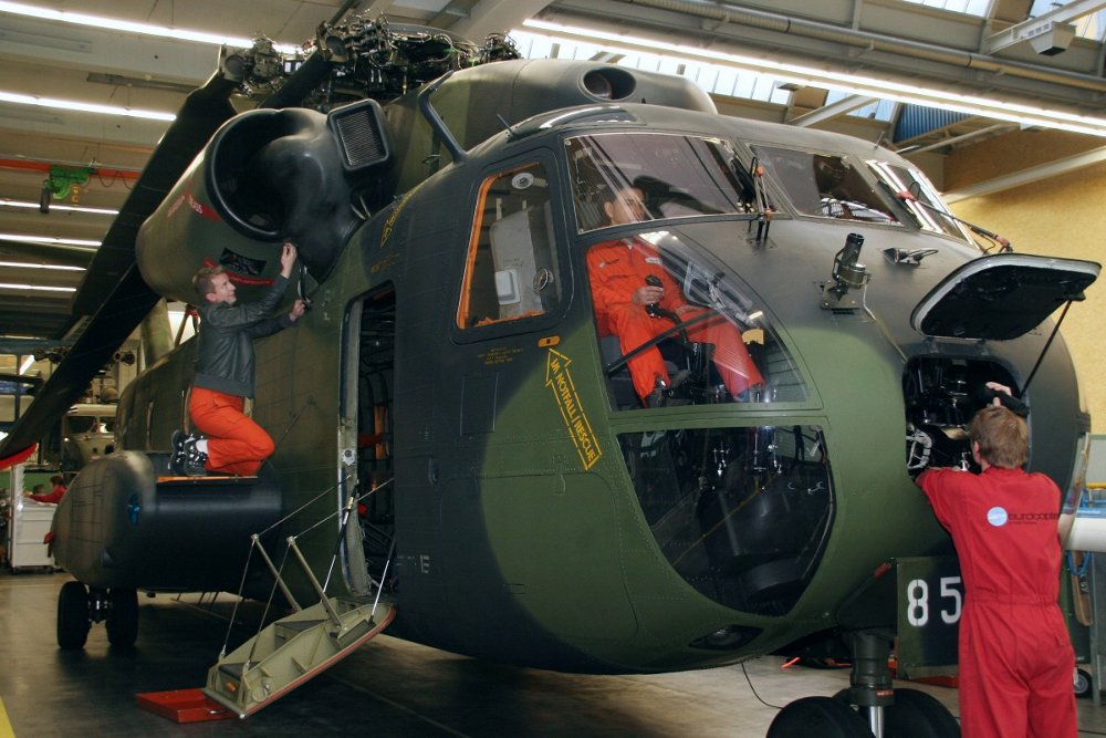 Rotorcraft maintenance is performed for the German Armed Forces at Airbus Helicopters' Military Support Center, located in Donauwörth, Germany.