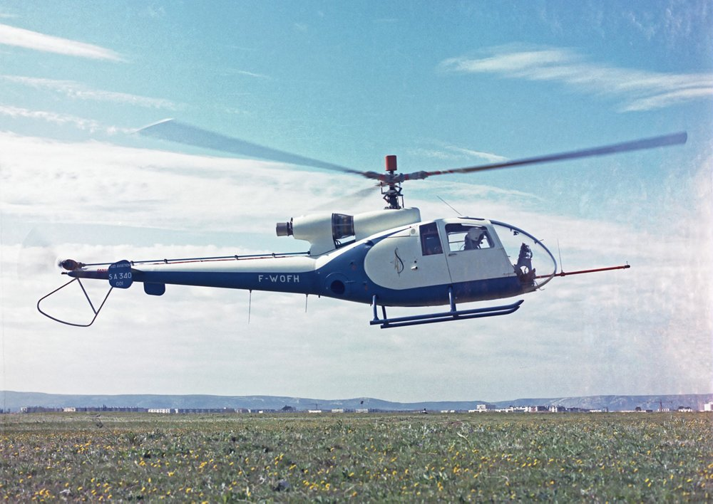 The first flight of the Gazelle SA 340