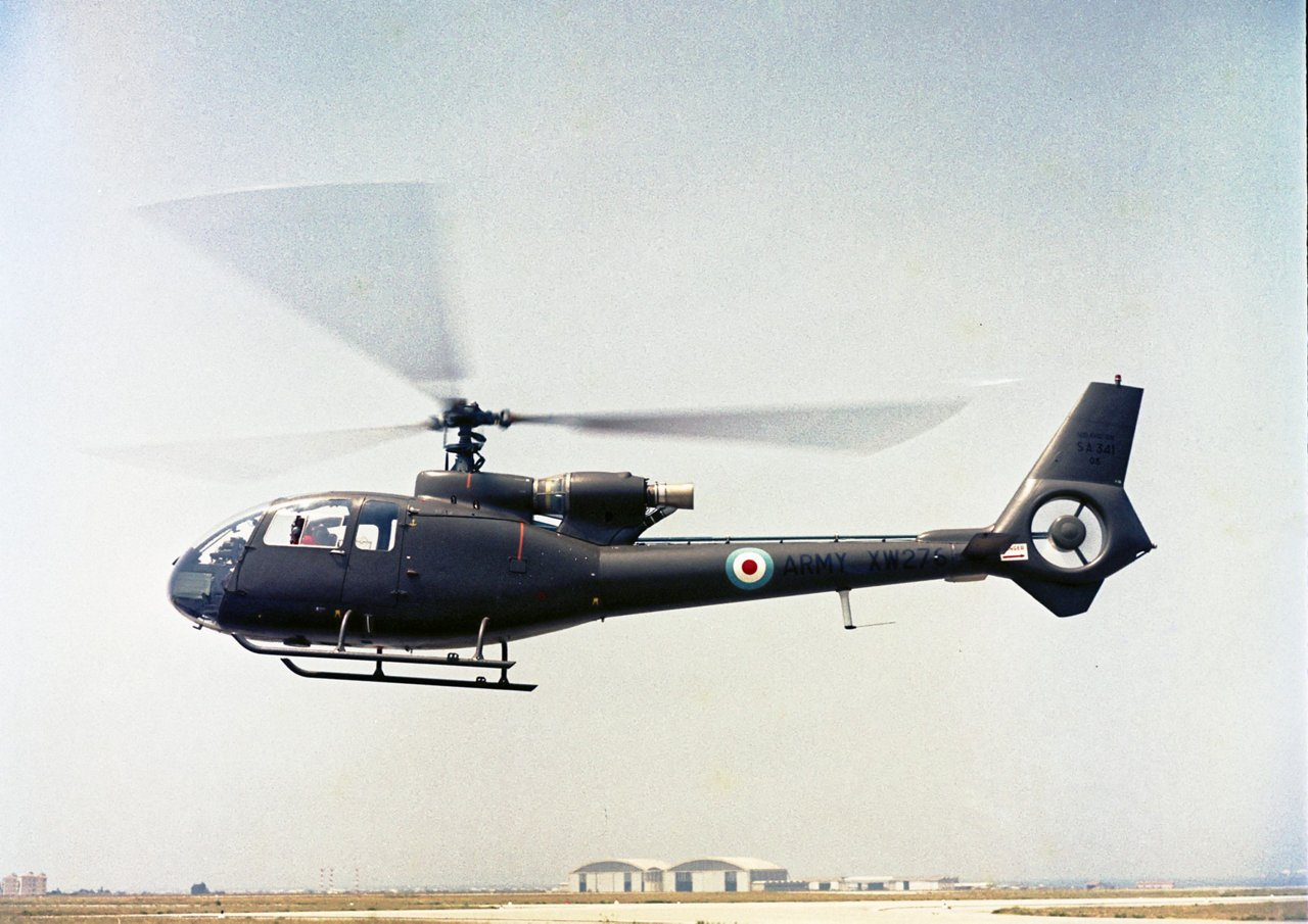 The first flight of the Gazelle SA 341 with a Fenestron