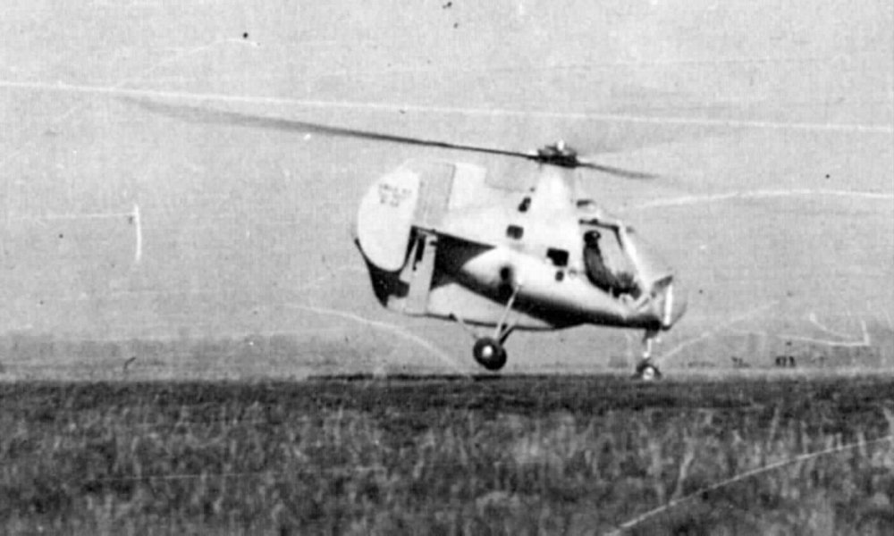 "The SO1100 aircraft performed its first ""free flight"" in 1949."