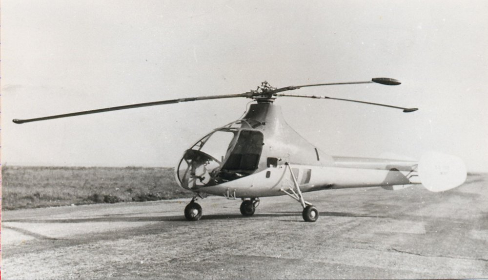 An on-ground photo of the twin-seat SO1110 Ariel II helicopter.