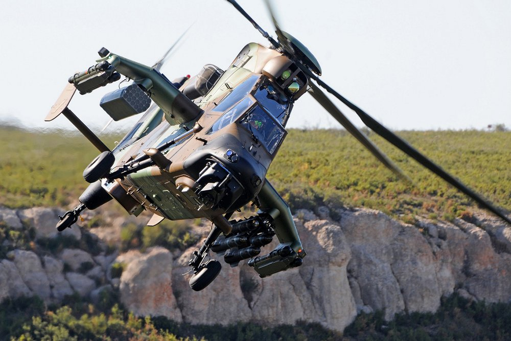 Head-on photo of an in-flight Airbus Tiger HAD multi-role attack helicopter.