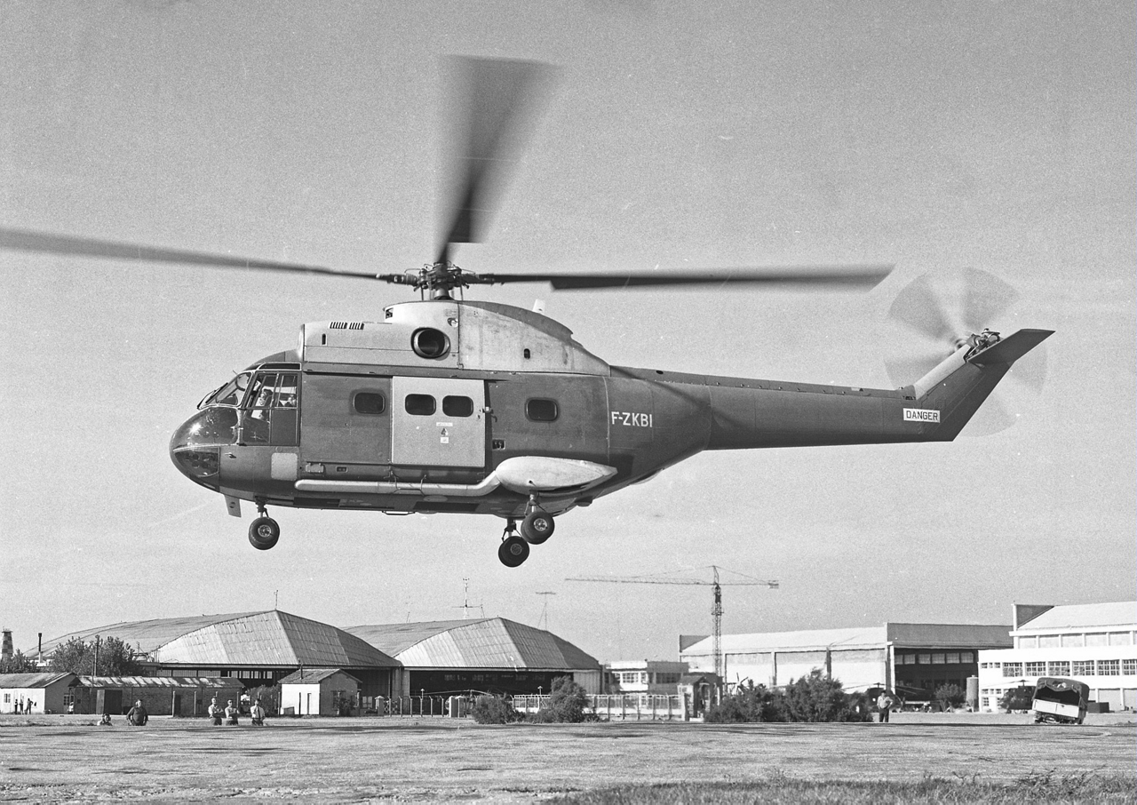 Historical photo of the SA330 Puma helicopter's first flight in 1965.