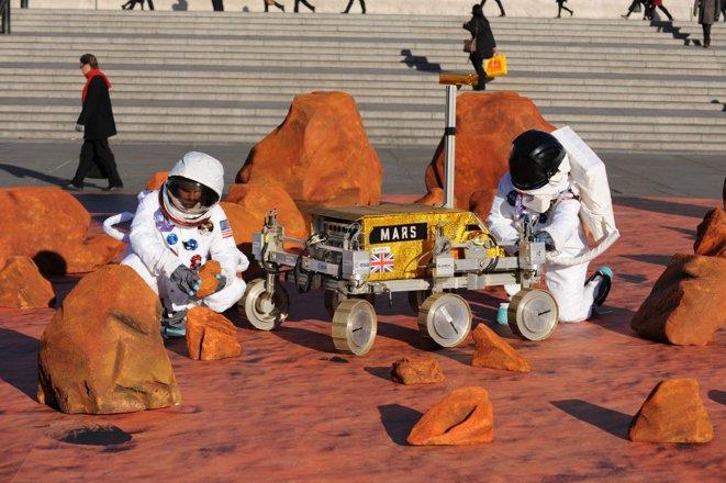 Mars rover in trafalgar square