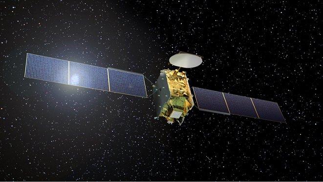 Web Space Telecommunications Satellite Eutelsat Quantum