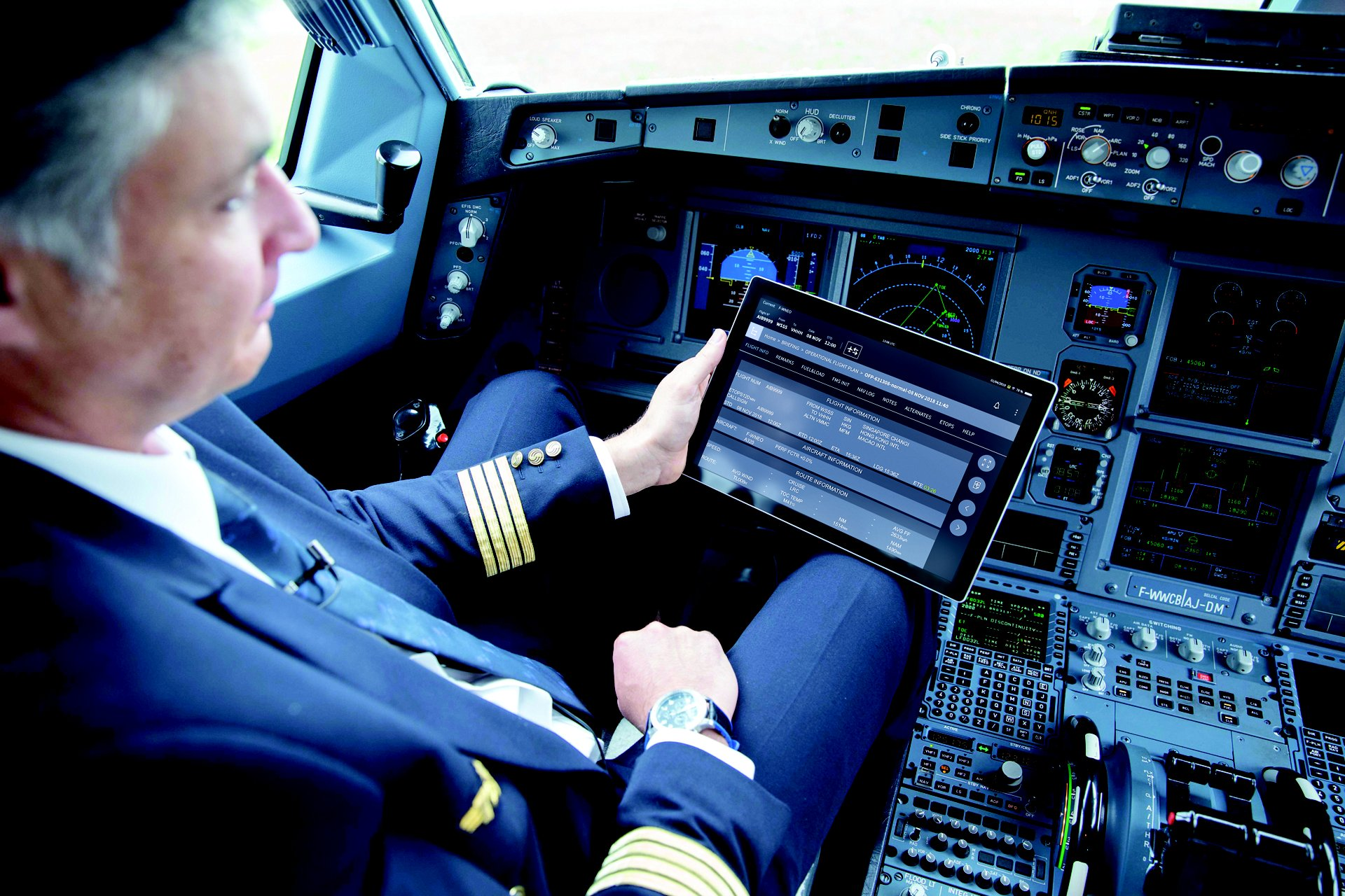 Flight Operations solutions to help you deliver safe, on-time services and increase operational efficiency