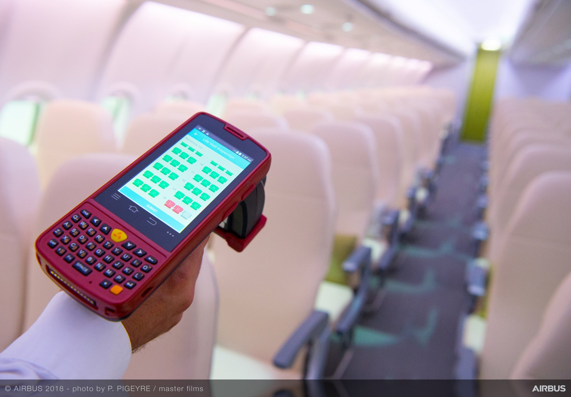 SmartCheck is the Airbus solution for fast digital cabin inspection using RFID tags, improving your maintenance activities in terms of workload, quality and safety.
