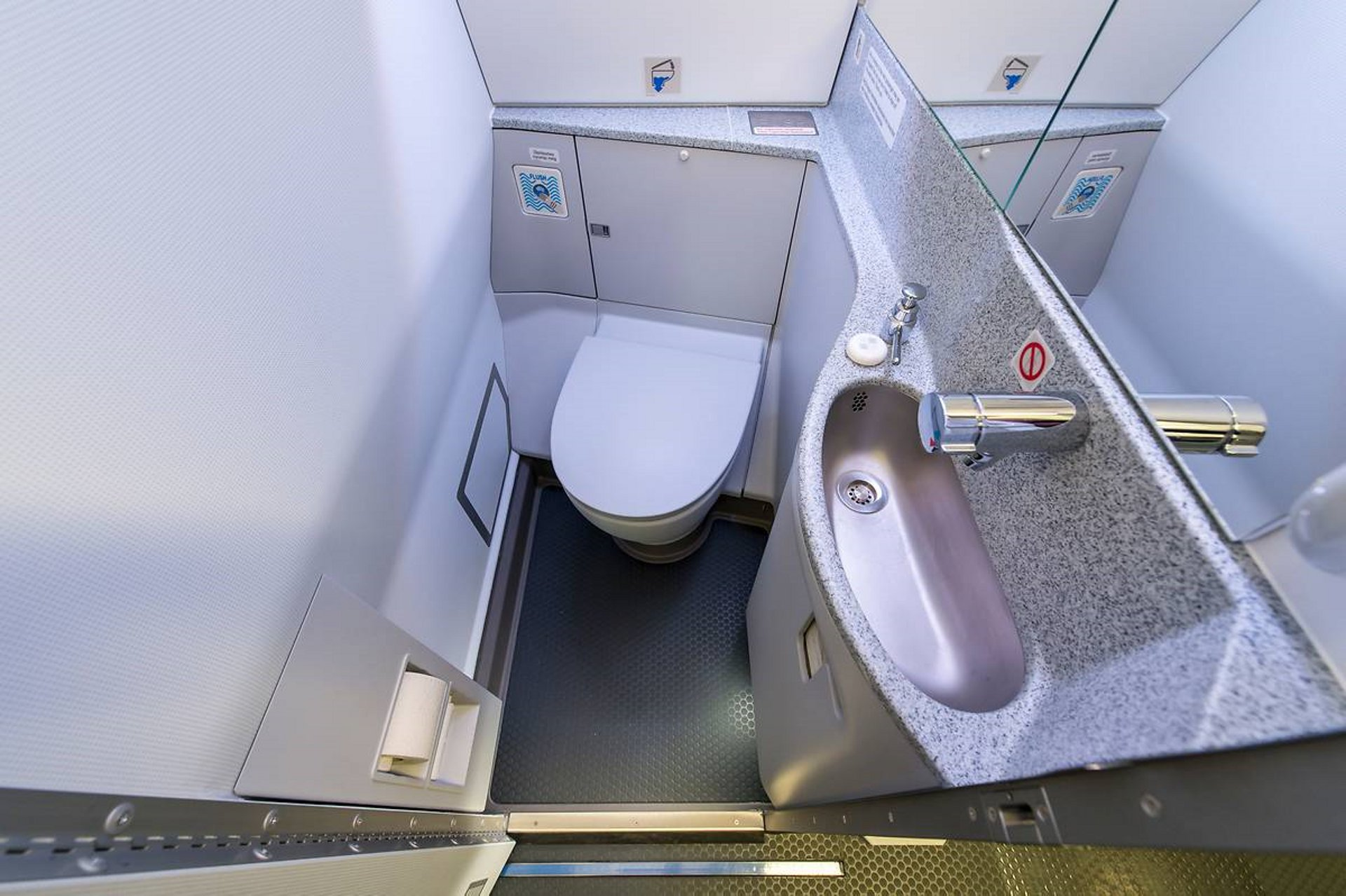 Optimised lavatory design providing more cabin length for more seats
