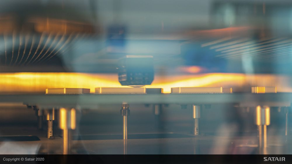 The tailored additive manufactured solution reduces the likelihood of an AOG for this specific aircraft, and on a larger level leads to an increased flexibility in part production while meeting the same high quality standards ensured by EASA Form1 certification.