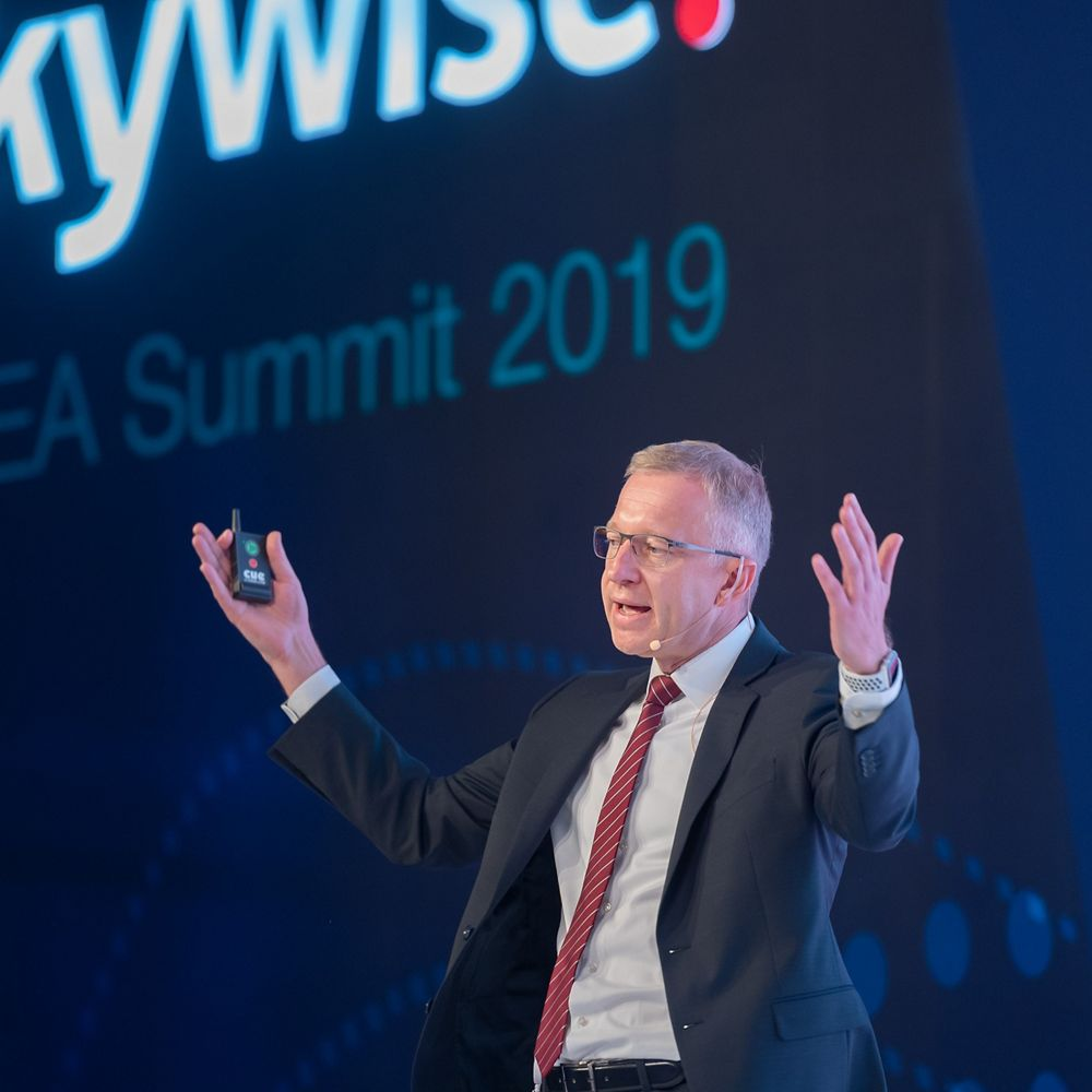 Olaf Ploog, Head of Fleet Management, Etihad Airways, speaking on stage during the Skywise EMEA Summit in Dubai in March 2019.