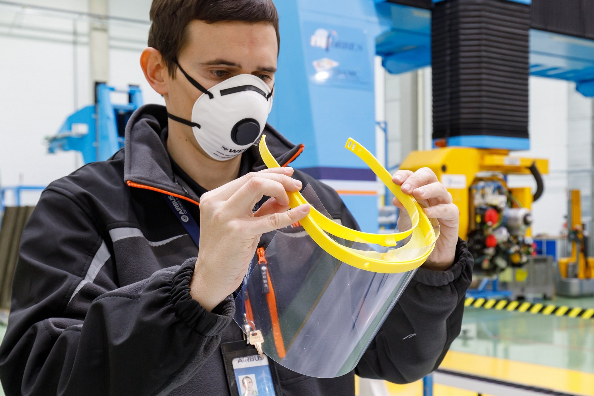 Supporting the fight against COVID-19, employees from Airbus sites in Spain have made thousands of visor frames for protective face masks using 3D printing technology