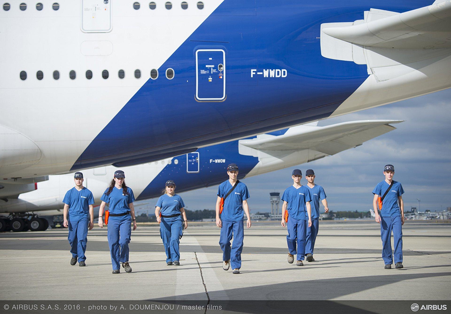 Lycée Airbus : les inscriptions aux tests d'admission pour la rentrée 2018 sont ouvertes jusqu'au 8 avril. Les métiers de l'aéronautique accessibles à tous et à toutes.
