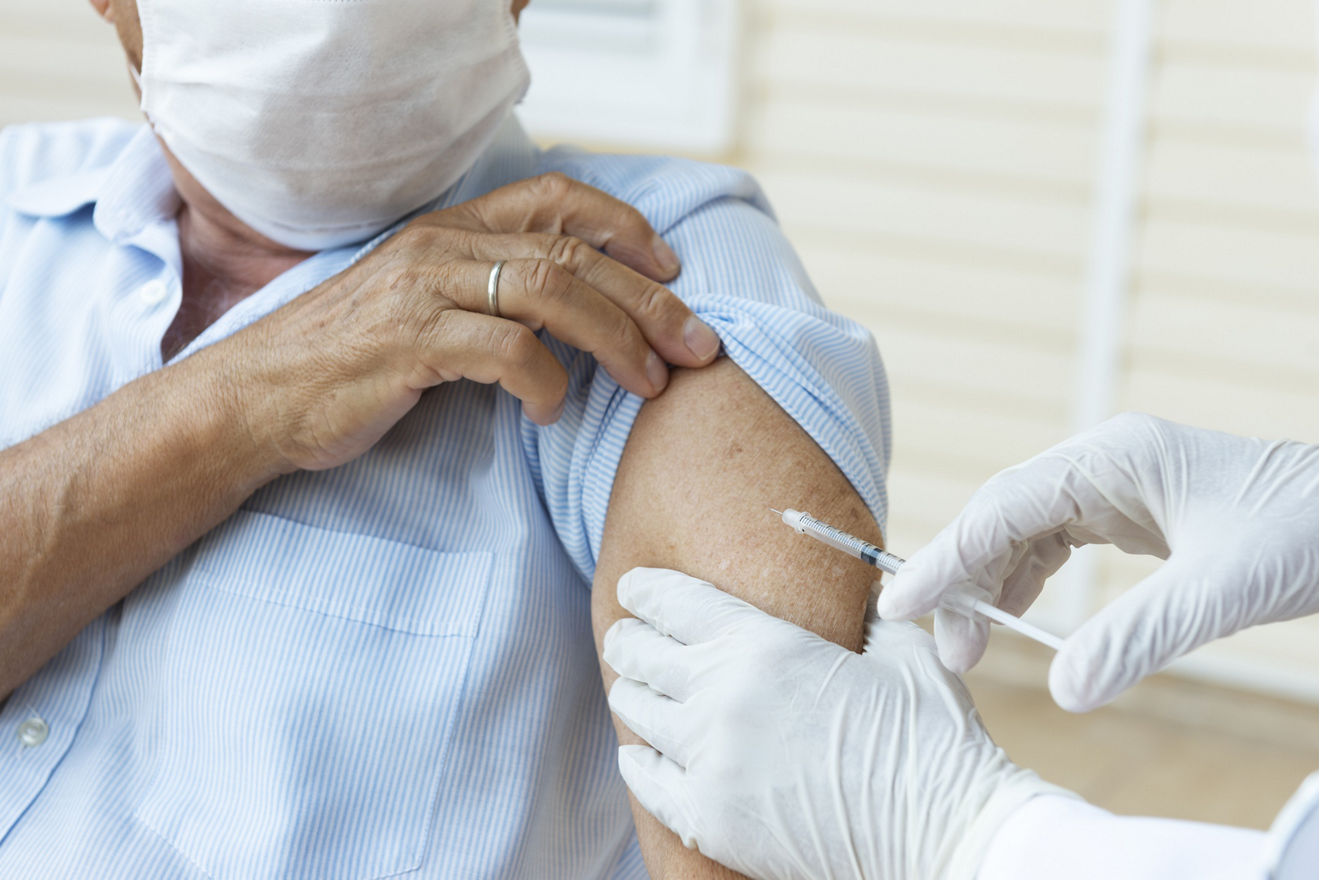 Covid-19 Vaccine starts to be rolled out to the vulnerable