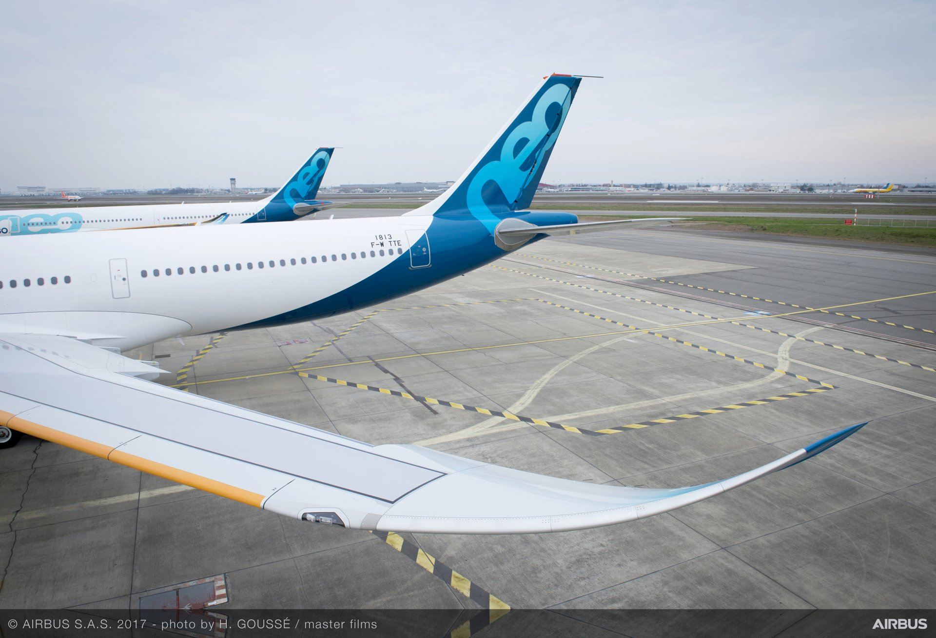 A330neo And A330ceo Wings
