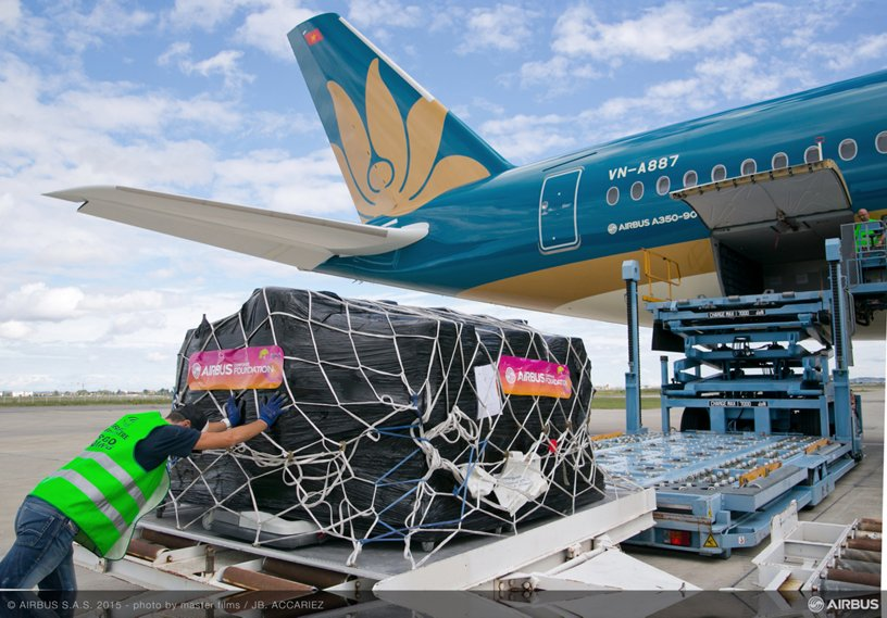 Airbus Foundation  and Vietnam Airlines deliver aid to Vietnam