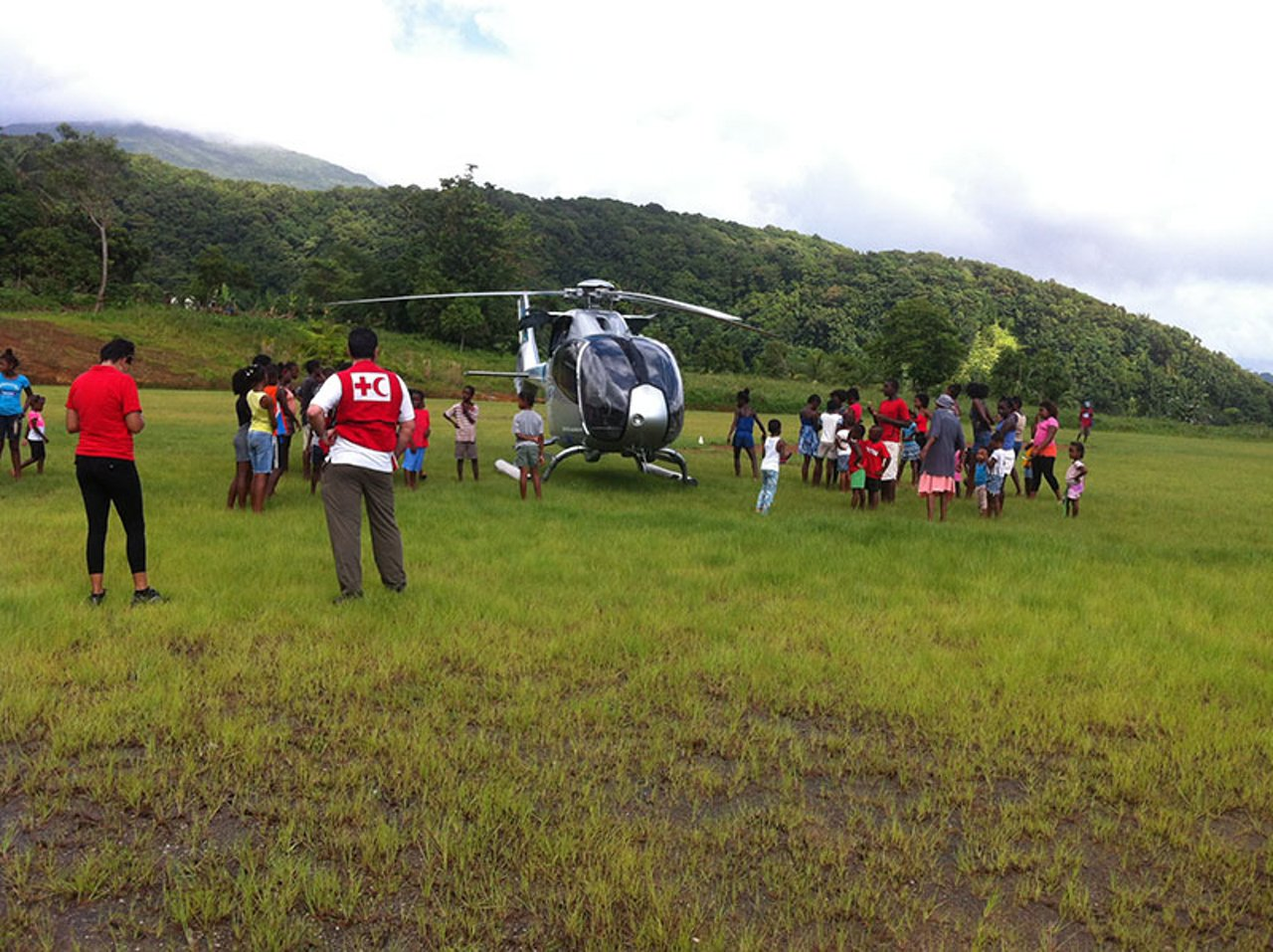 The Airbus Helicopters Foundation supports the Red Cross' efforts to provide aid in Dominica