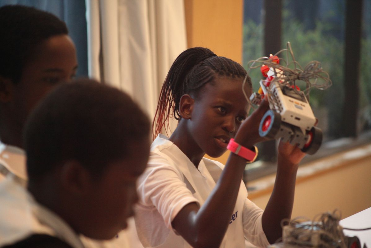 Airbus Foundation TLE Africa Girl