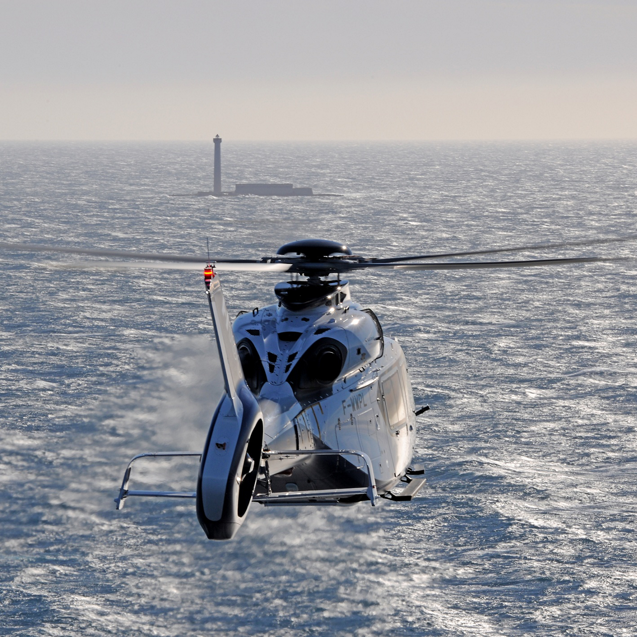Airbus Helicopters achieves delivery targets and maintains market leadership in 2016