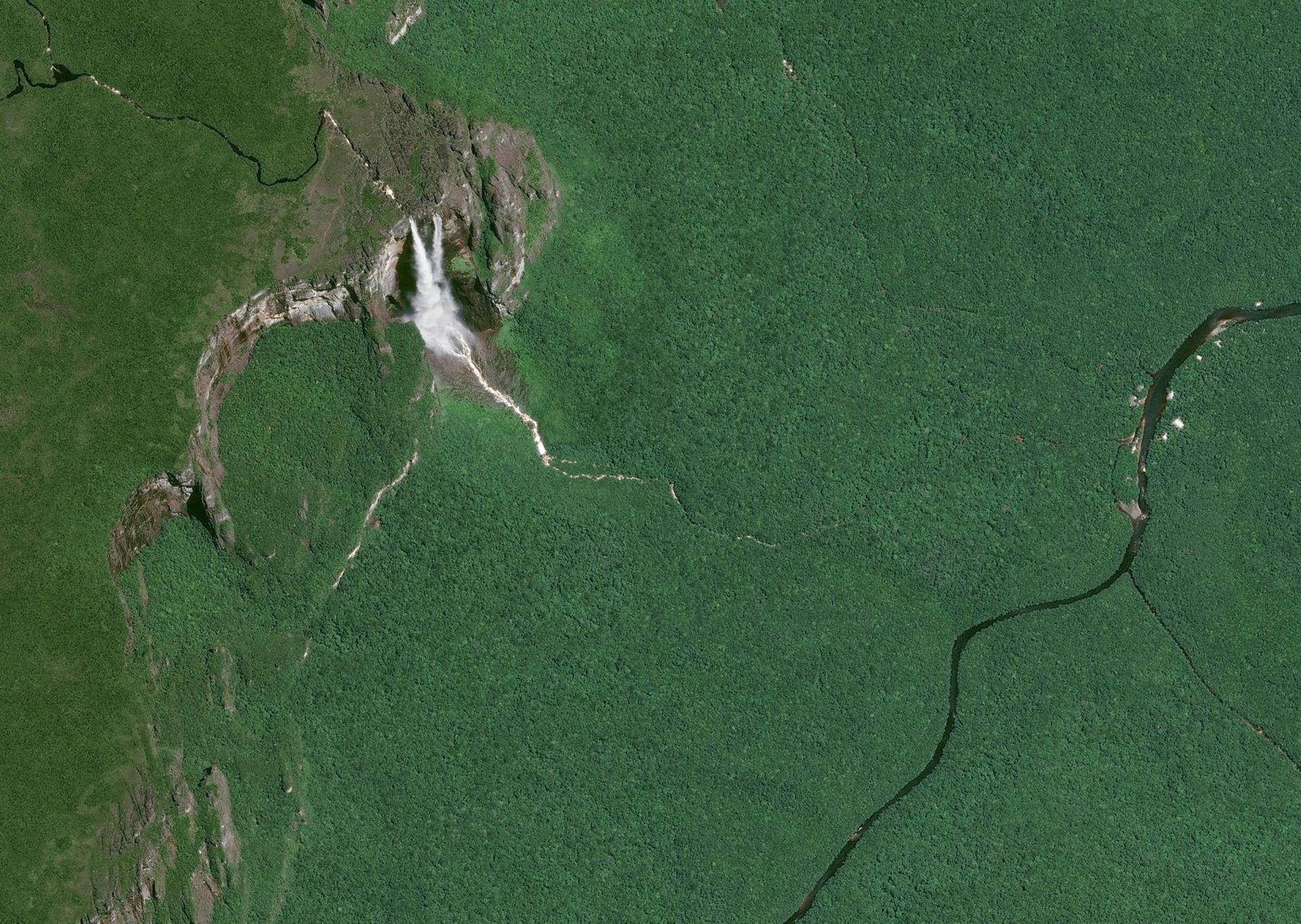 Angel Falls in Venezuela, a Pléiades satellite image.