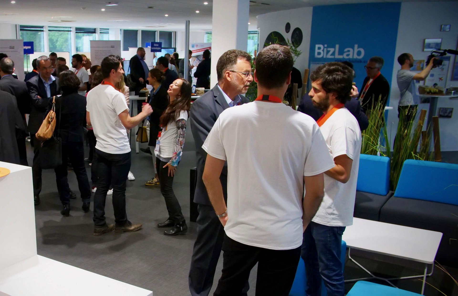 "Thirty start-ups from the three global Airbus BizLab accelerators in Toulouse, Hamburg and Bangalore pitched their projects at the ""Airbus BizLab Summit"" in Toulouse, France"