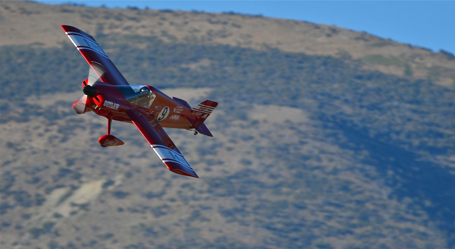 Team Outlaw's aircraft for Air Race E – Race 9 – is an air racing plane that is currently competing on the formula one race circuit