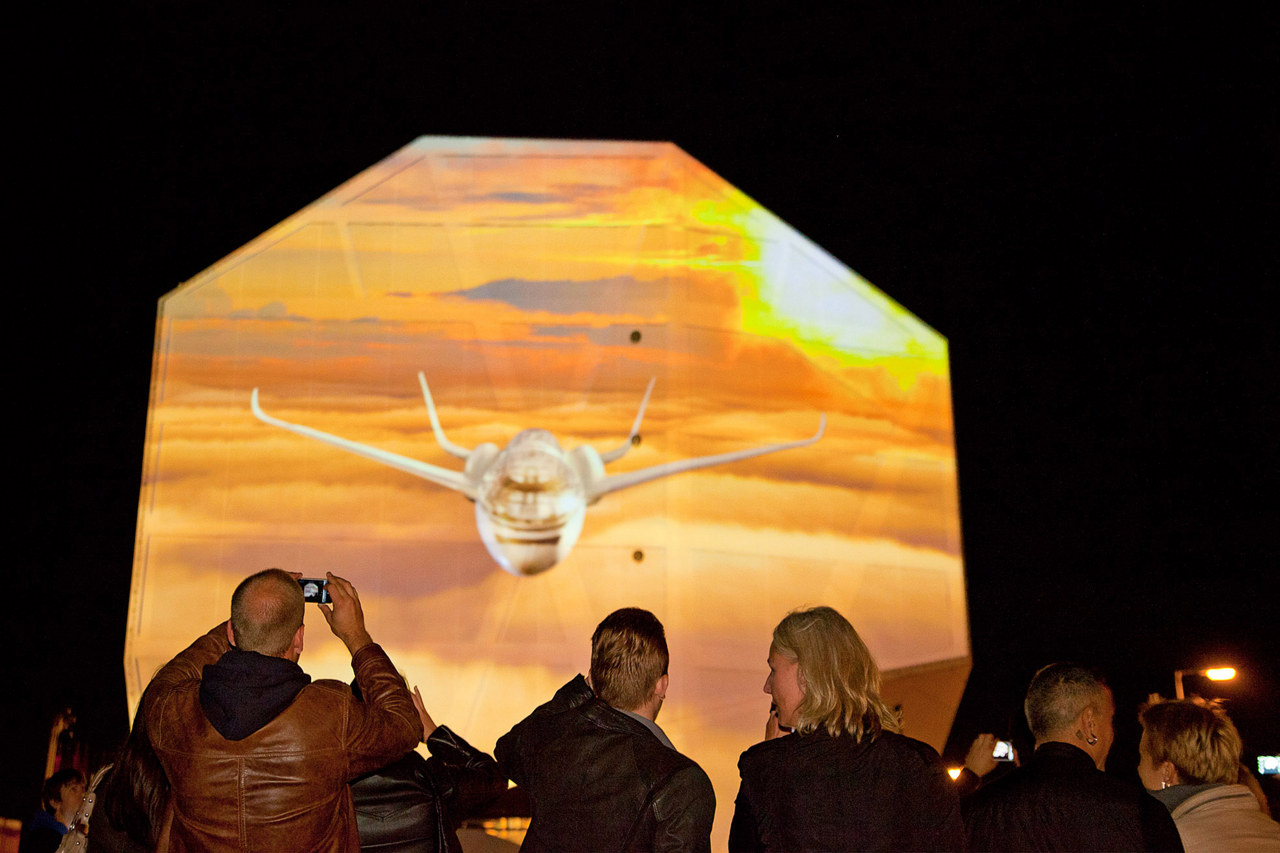 To launch the Future by Airbus Smarter Skies vision ahead of the Berlin Air Show (ILA), a spectacular 4D lightshow transforms Berlin's Humboldt-Box, creating a breathtaking display of smarter flight in 2050.