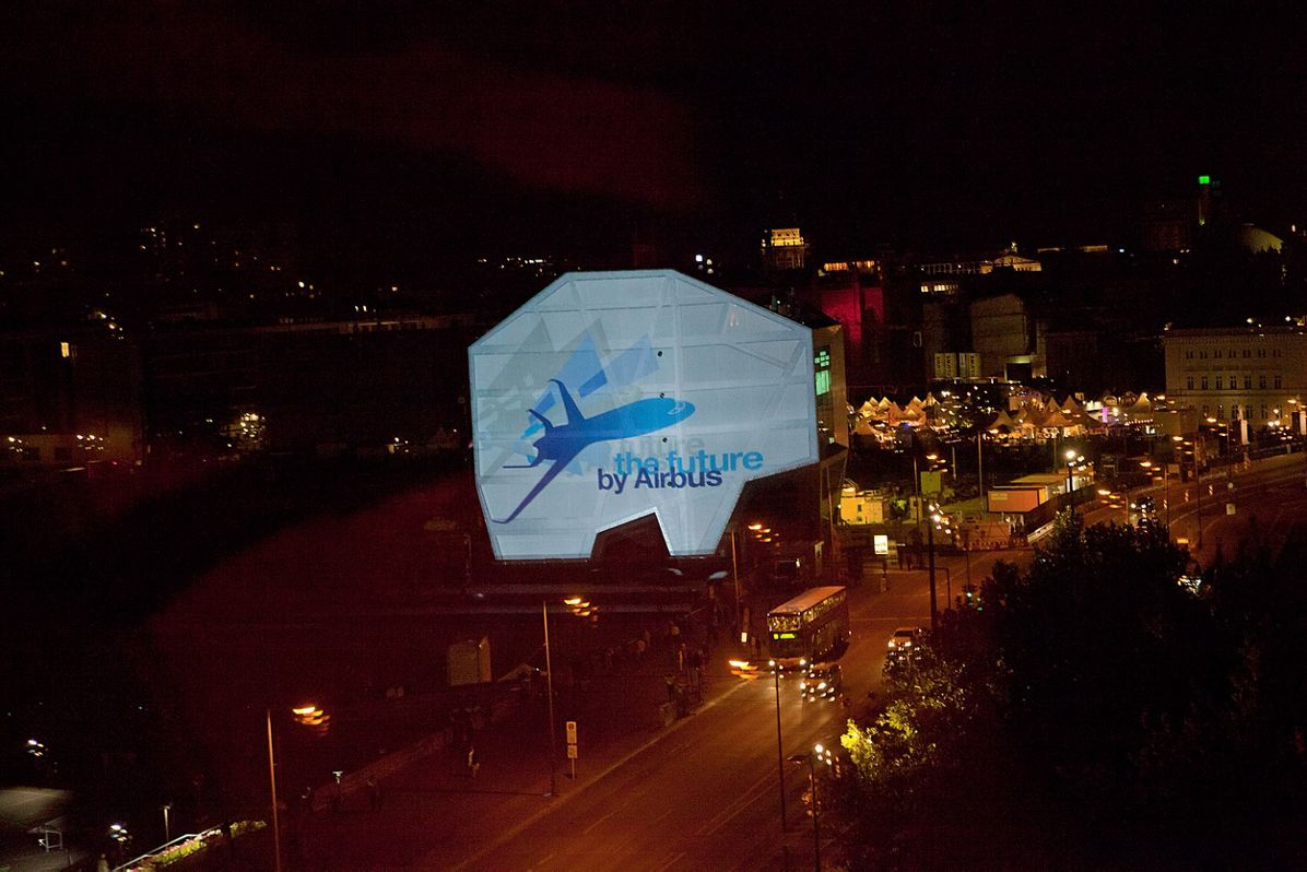 Airbus Smarter Skies - Berlin's Humboldt-Box light show 3