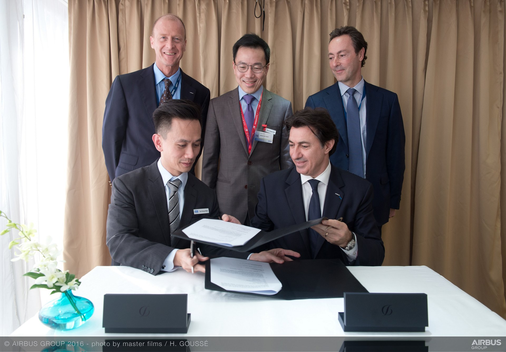 Airbus Group signs MOU with Singapore's Economic Development Board (EDB) to develop innovative aircraft maintenance of the future.