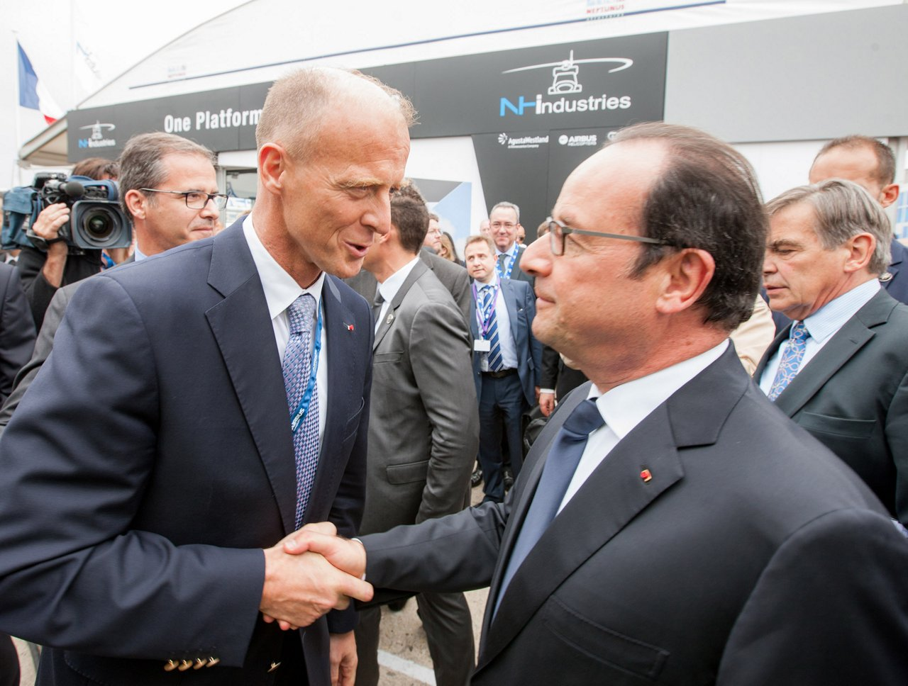 Paris Le Bourget air show 2015, French President Opens Paris Air Show 2015 Flying On A350 XWB