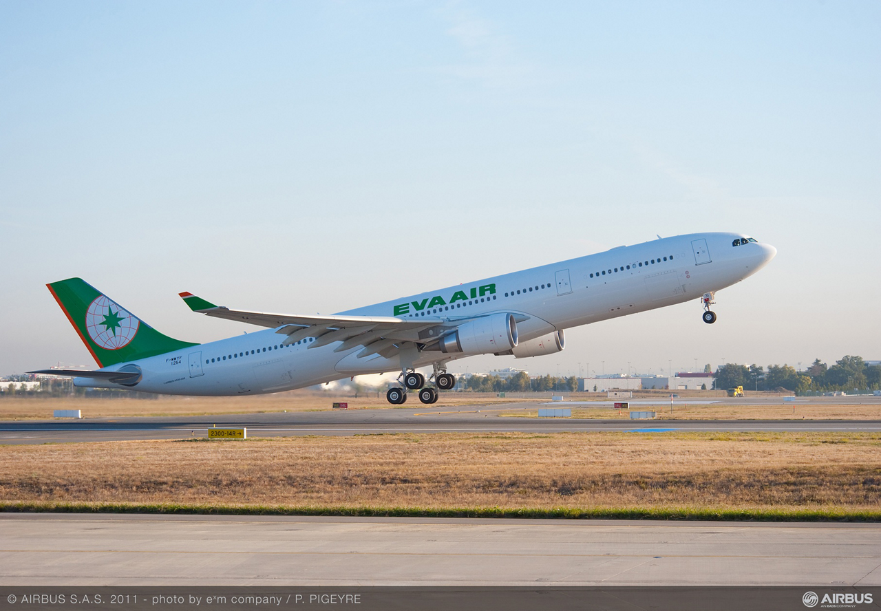 Taiwan's EVA Air inked a Memorandum of Understanding for the purchase of four additional A330-300s, expanding its fleet of Airbus widebody jetliners for regional and long-haul routes