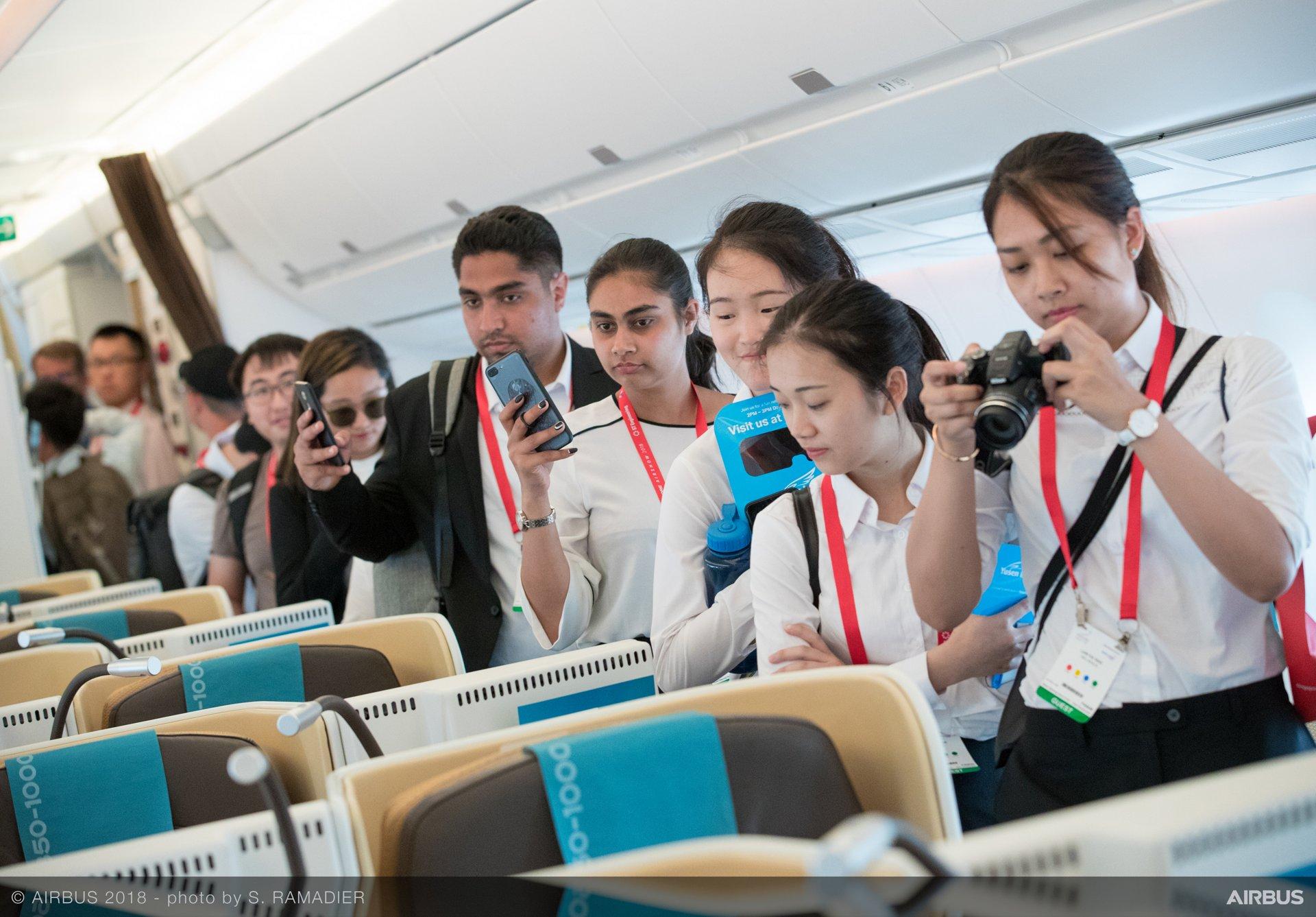Singapore Airshow 2018 Day 2 - A350-1000 public visit 3