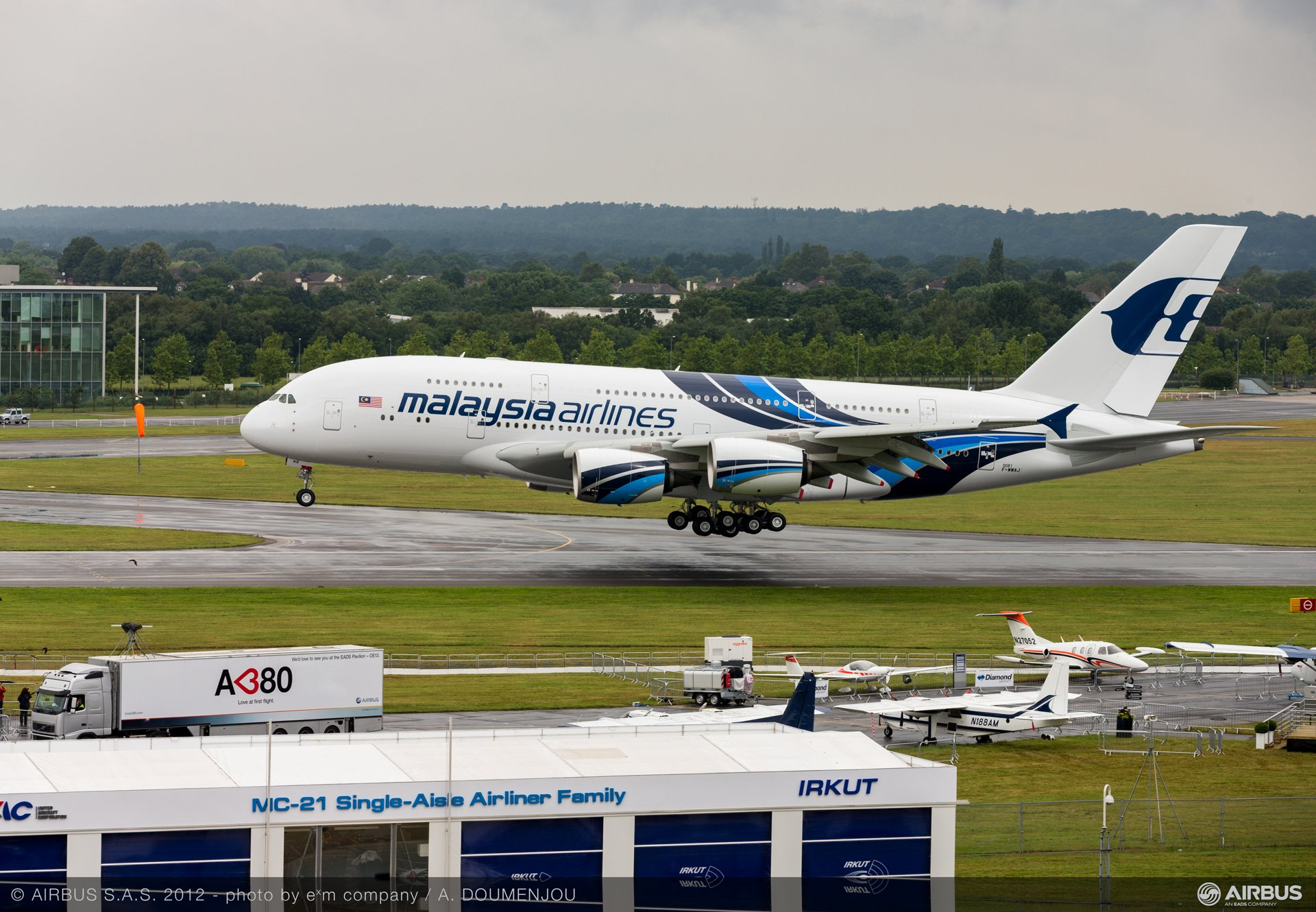 Malaysia Airlines' no. 2 A380 was brought from Toulouse, France on Sunday, 8 July for a multi-day participation in the 2012 Farnborough Airshow