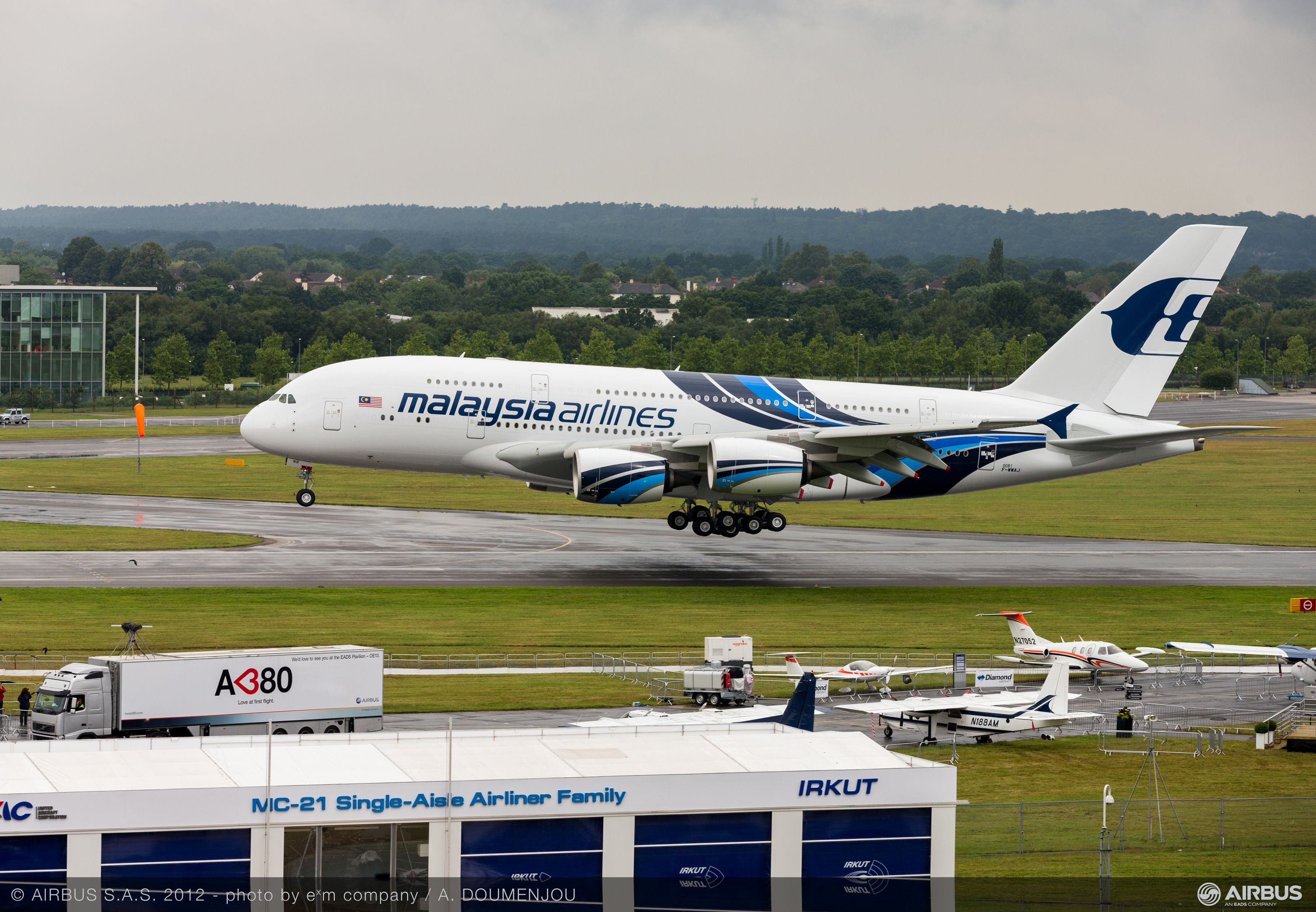 Malaysia airlines' no. 2 A380 makes a starring appearance at the  farnborough airshow - Commercial Aircraft - Airbus
