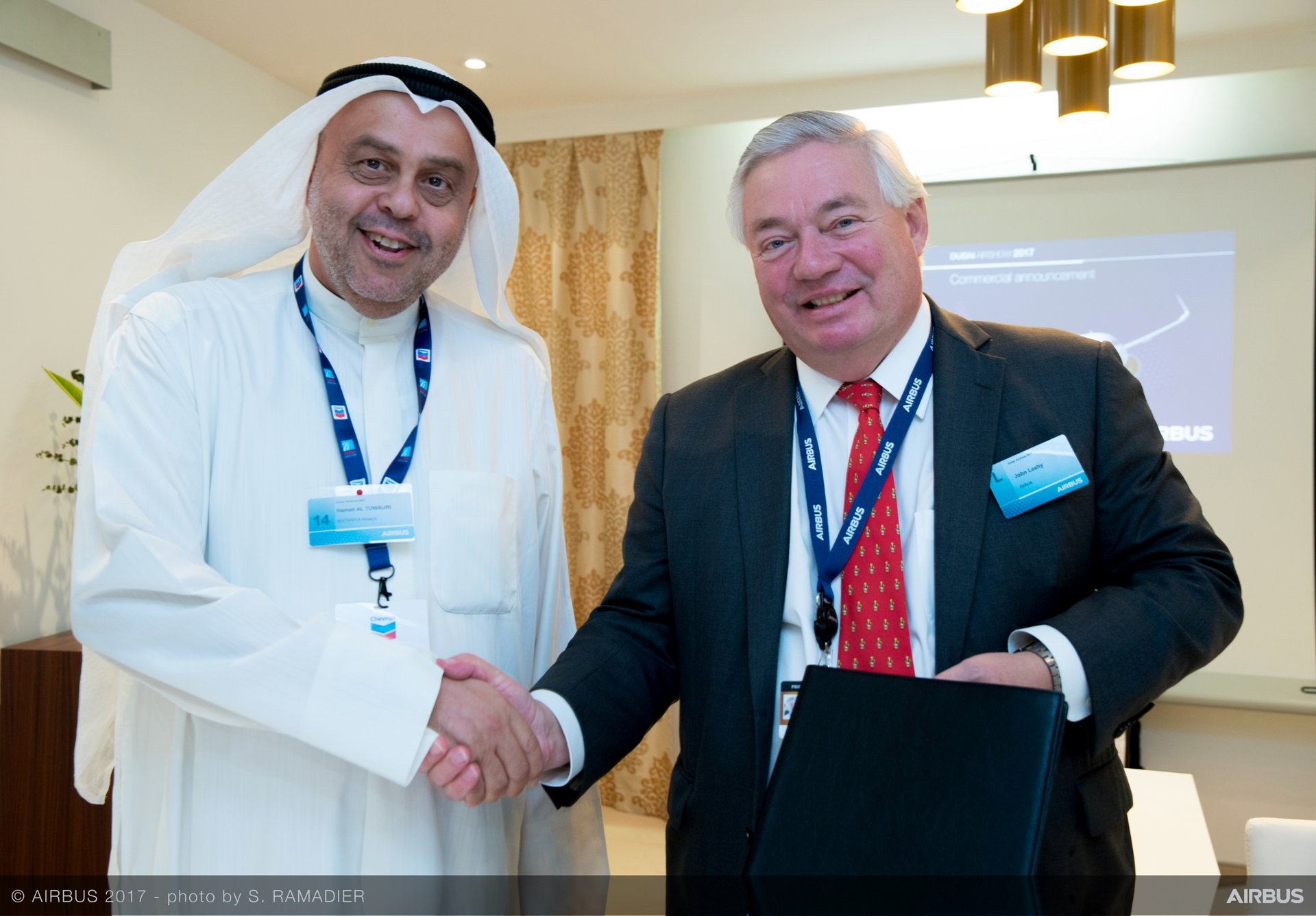 Wataniya Airways A320neo announcement at Dubai Airshow 3