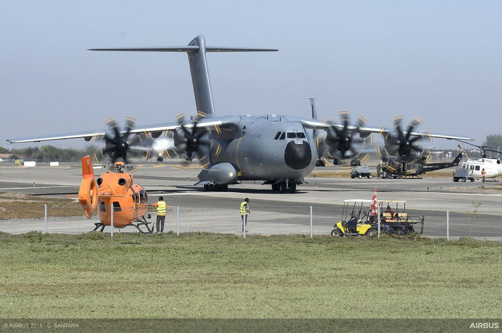 FIDAE air show 2018 - A400M taxiing 1