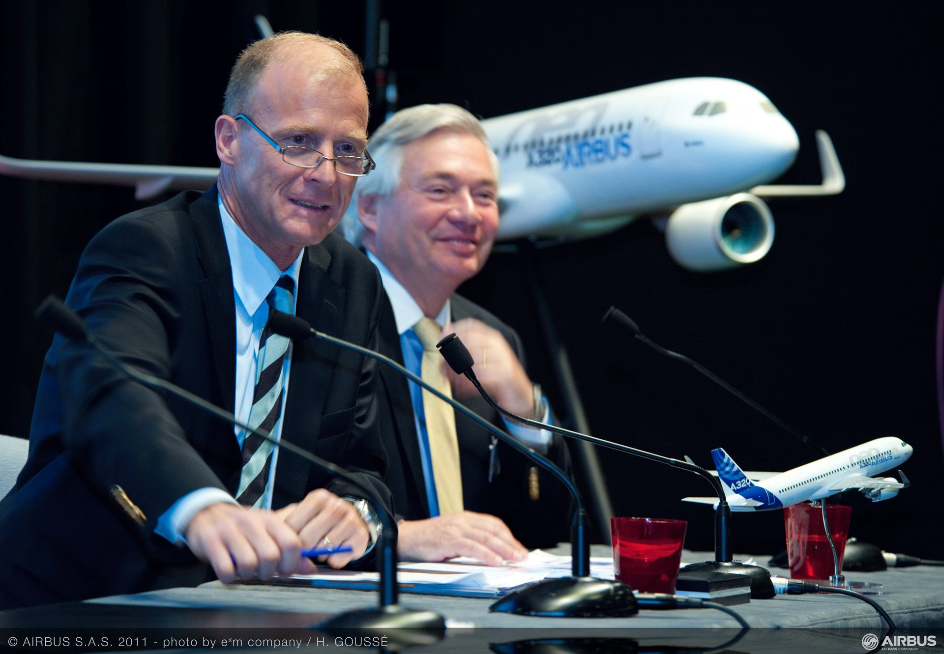 During the 49th Paris Air Show at Le Bourget, Airbus won about US$72.2 billion worth of business for a total of 730 aircraft, setting a new all-time record for any commercial aircraft manufacturer at any air show (23 June 2011)
