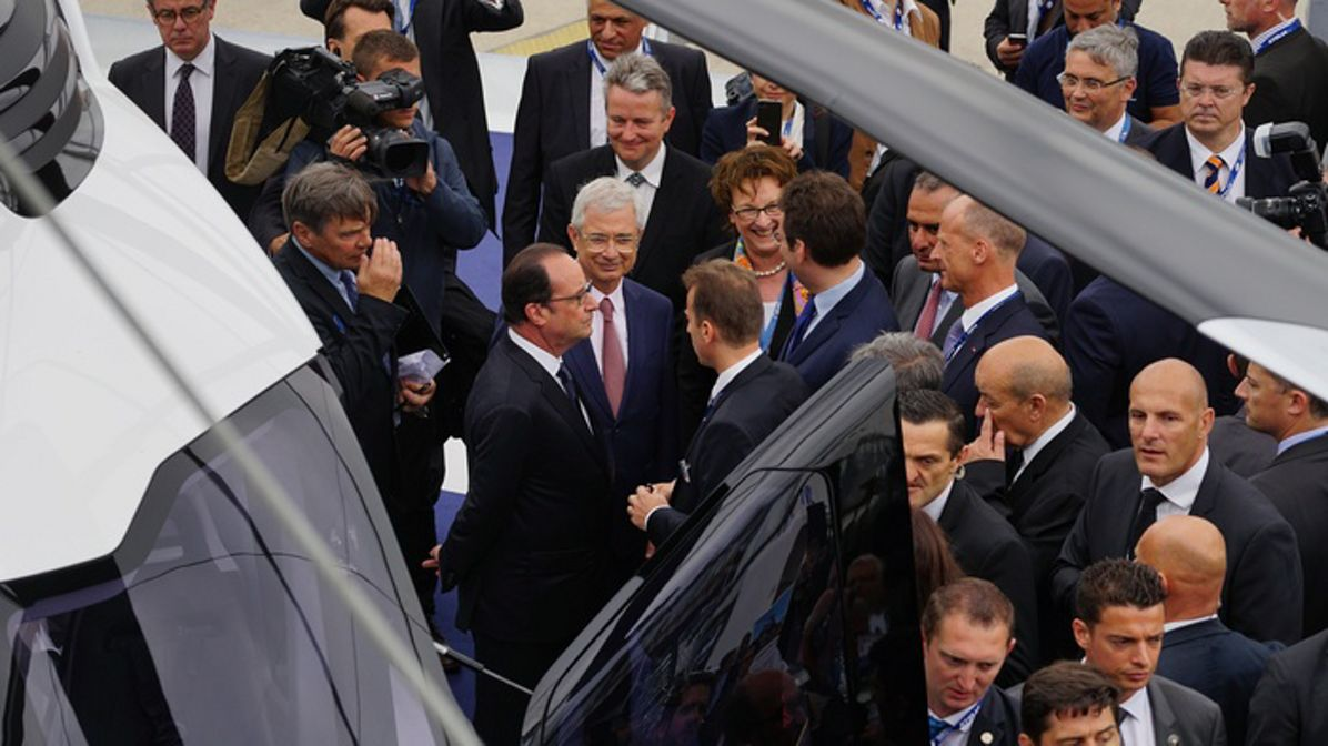 French President François Hollande visits H160 and H225M on opening day of Paris Air Show
