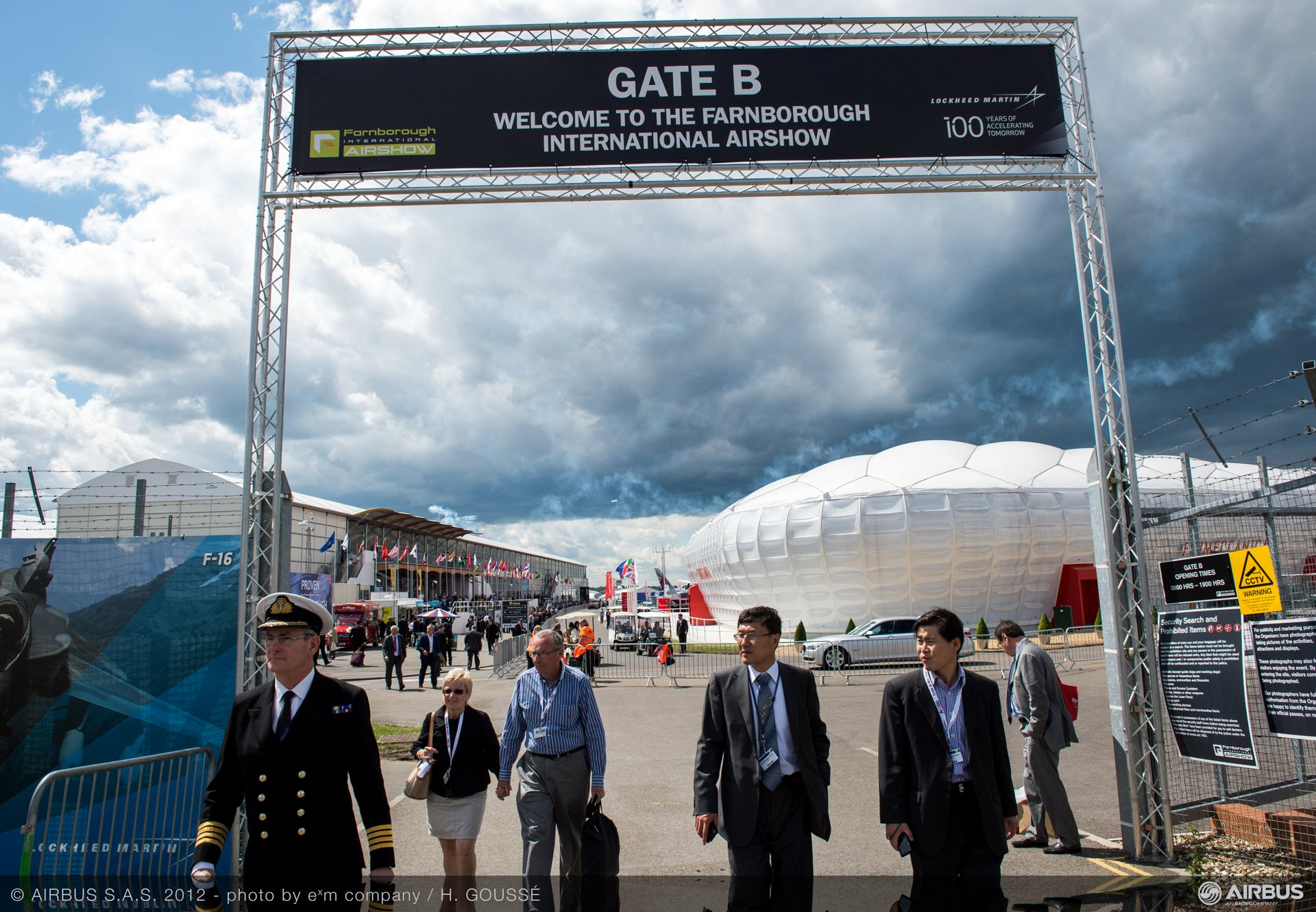 Gate B 1