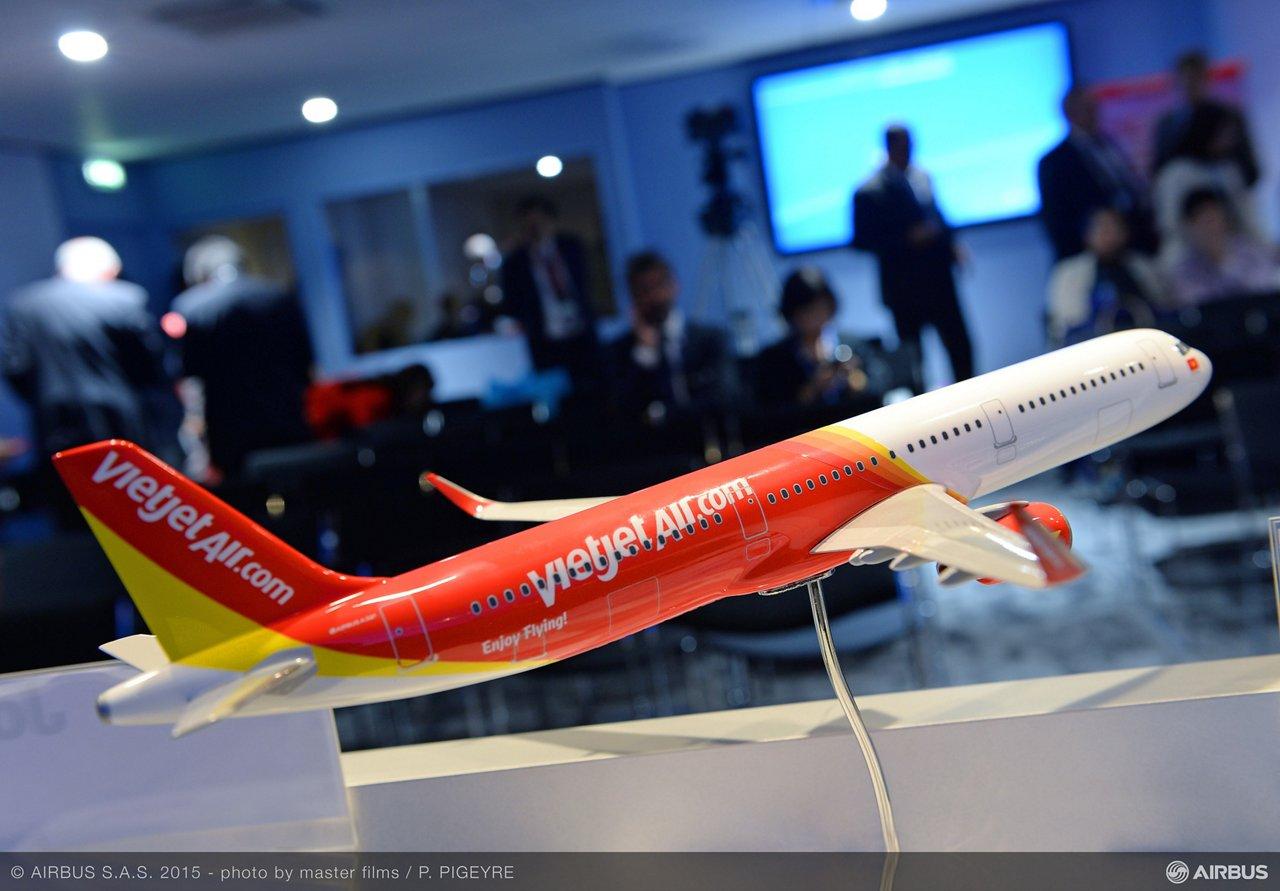 Paris Air Show 2015_VietJetAir A321 firm order 5