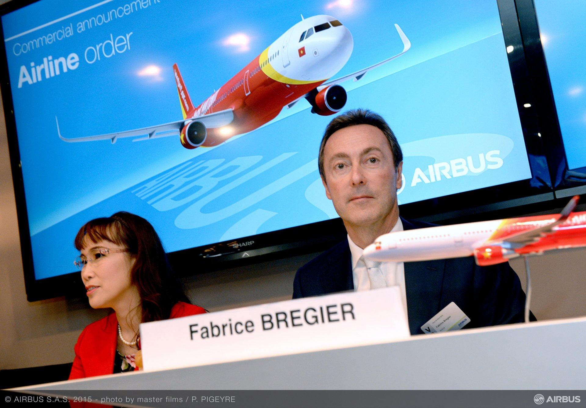 Paris Air Show 2015_VietJetAir A321 firm order 3