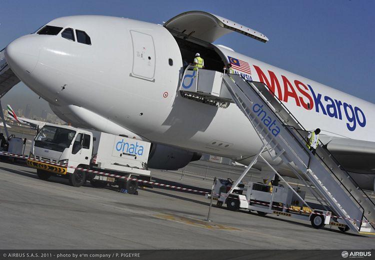 Dubai 2011 - MASkargo second A3320-200F